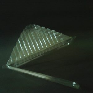 Envase triangular